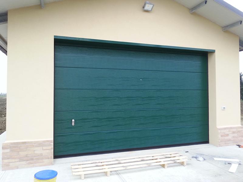 montaggio-porte-garage-basculanti-sezionali-forli-cesena