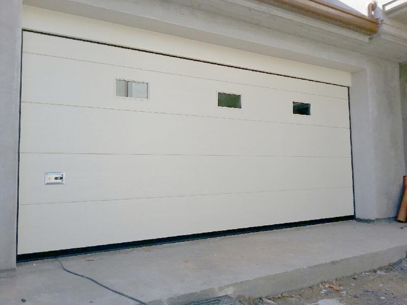 produzione-montaggio-porte-garage-basculanti-sezionali-forli